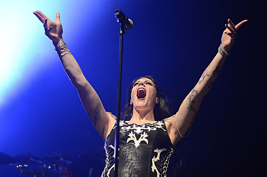 Nightwish and company roar at expresslive the rust belt for Floor nightwish