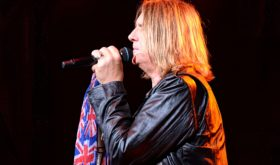 Def Leppard, REO Speedwagon And Tesla Brings Blossom Music Center To Its Knees