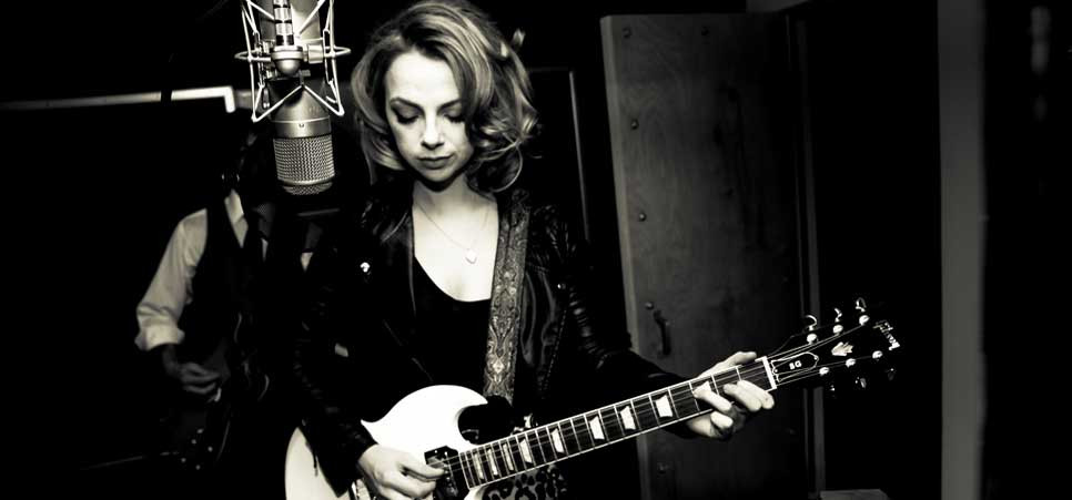 Samantha fish brings chills and fever to the beachland for Samantha fish chills and fever